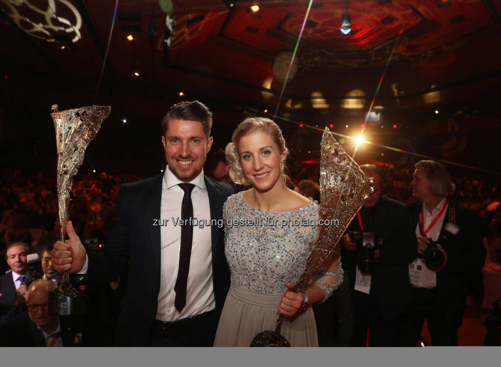 Marcel Hirscher and Eva-Maria Brem (AUT) Photo: GEPA pictures/ Hans Oberlaender (28.10.2016)