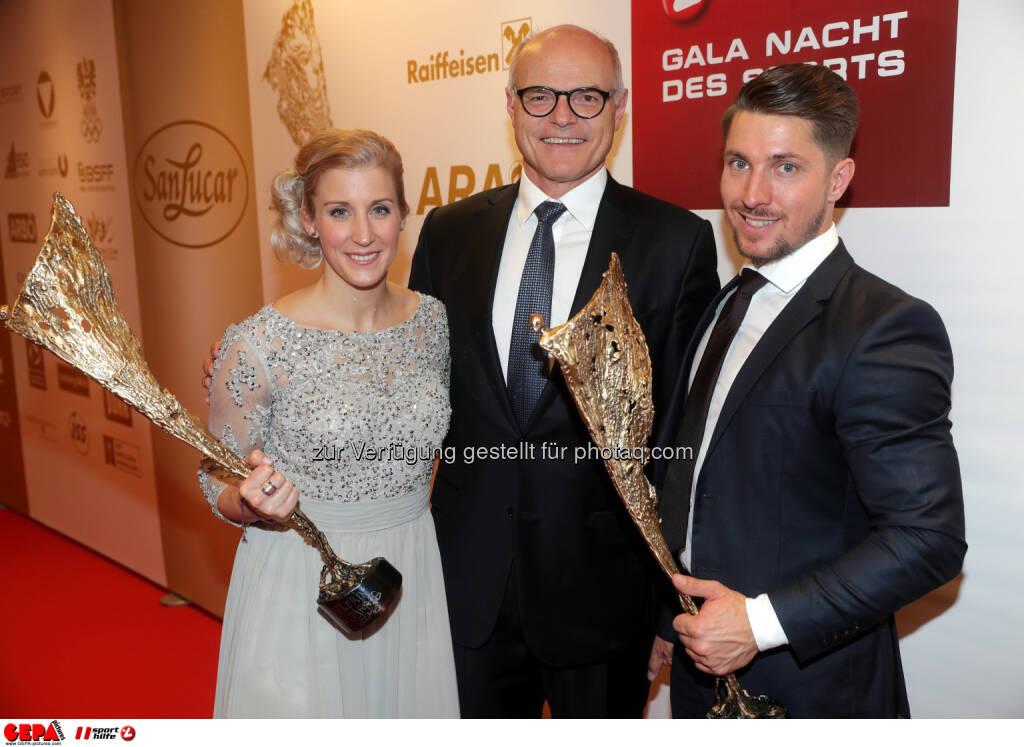 Eva-Maria Brem (AUT), president Karl Stoss (OEOC) and Marcel Hirscher (AUT) Photo: GEPA pictures/ Walter Luger (28.10.2016)