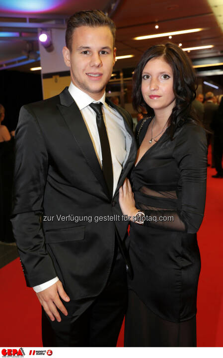 Louis Schaub (Rapid) and his girlfriend Photo: GEPA pictures/ Walter Luger