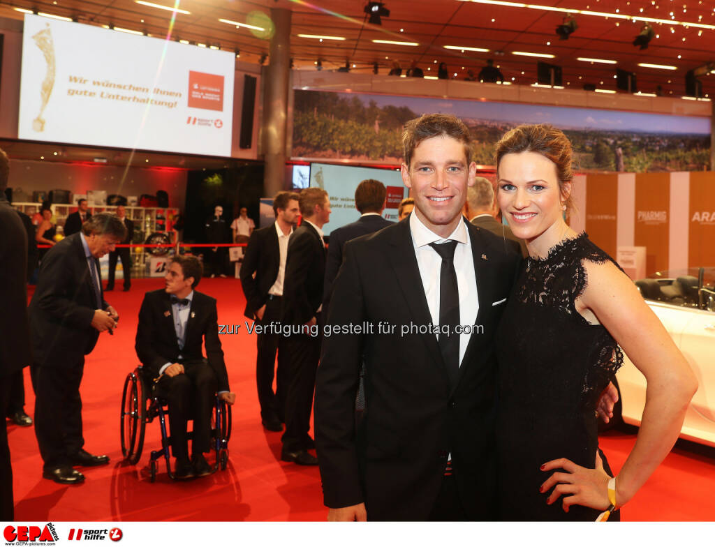 Benjamin and Marlies Raich Photo: GEPA pictures/ Hans Oberlaender (28.10.2016)