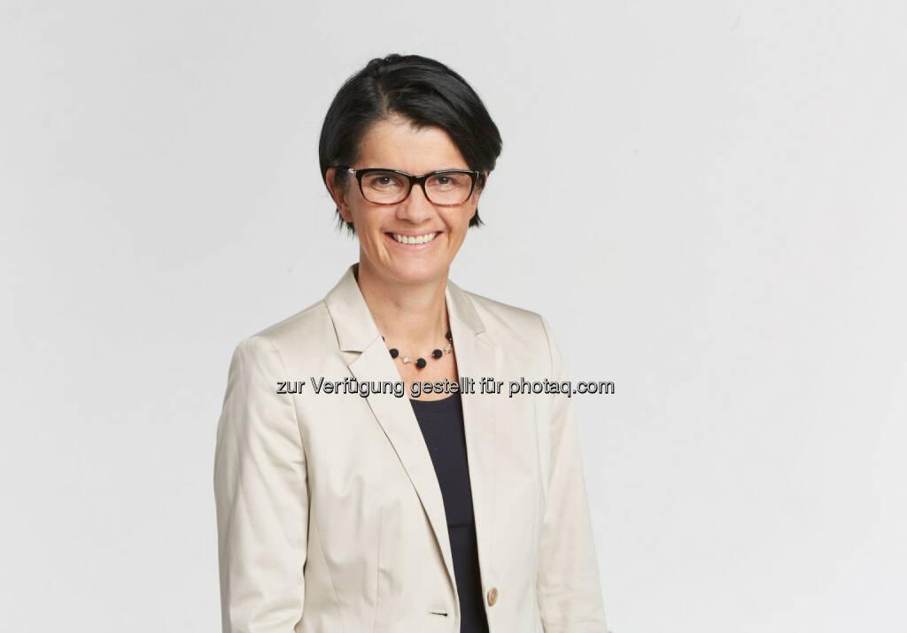 """Petra Nocker-Schwarzenbacher (WKO, Bundesspartenobfrau) : """"Tourismusjahr 2016 läuft hervorragend"""" : Fotocredit: Helge Kirchberger, © Aussender (28.10.2016)"""
