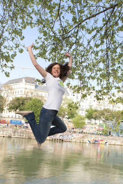 Jump Smeil! Martina Draper, Fotografin
