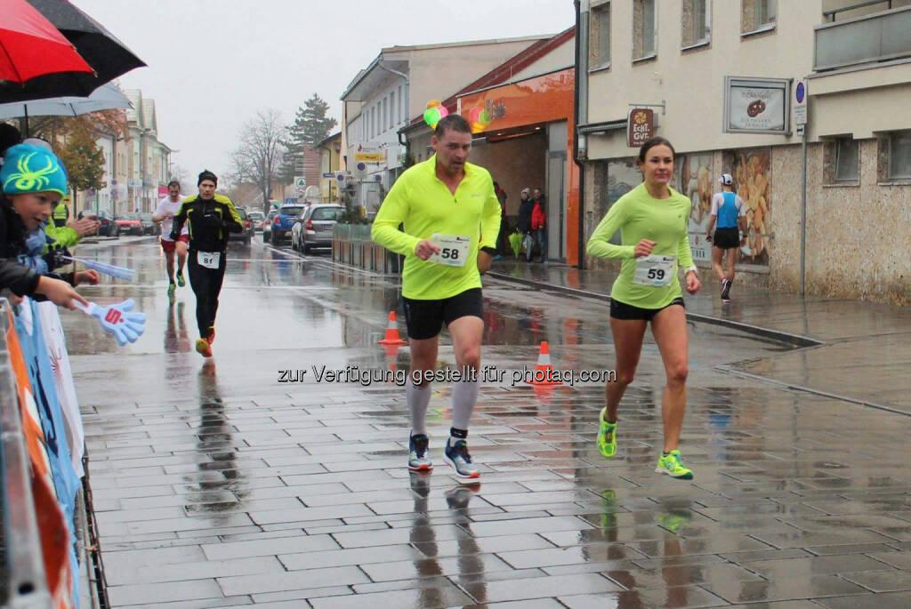 Carola Bendl-Tschiedel beim Ternitzer Stadtlauf (06.11.2016)