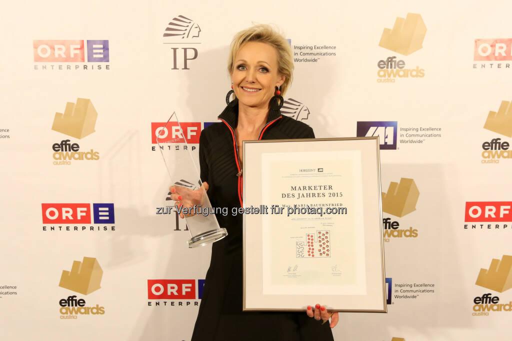 Marketerin des Jahres Maria Bauernfried, Kelly - Bereits zum 32. Mal wurden die effizientesten Kampagnen mit einem der begehrten  Effie-Awards des Austrian Chapters der International Advertising Association (IAA) im Rahmen der Effie Award-Gala ausgezeichnet (Bild: Katharina Schiffl), © Aussendung (09.11.2016)