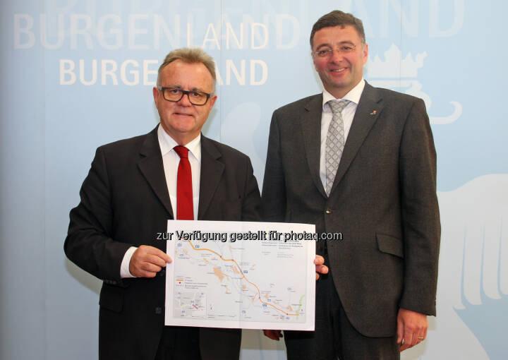 Infrastrukturminister Jörg Leichtfried und Landeshauptmann Hans Niessl präsentieren Investitionen in die Infrastruktur im Burgenland (Bild: Land Burgenland / Siess)