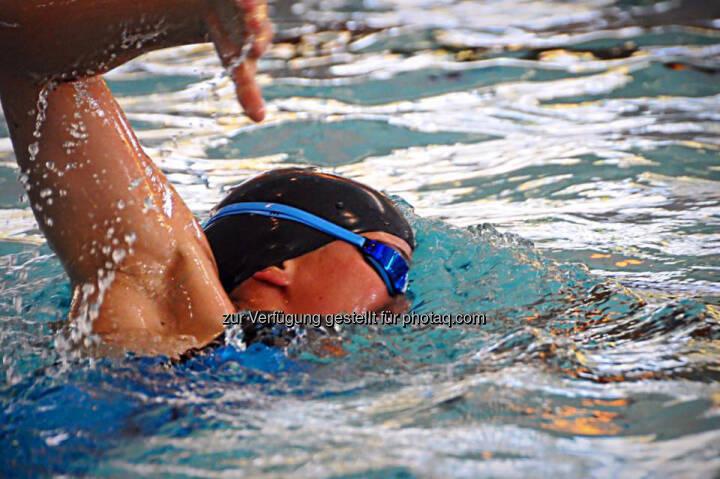 Tanja Stroschneider, schwimmen