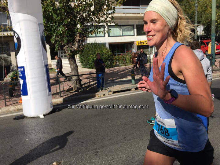Here comes Natascha Marakovits: 1,7 k to go - and still smiling