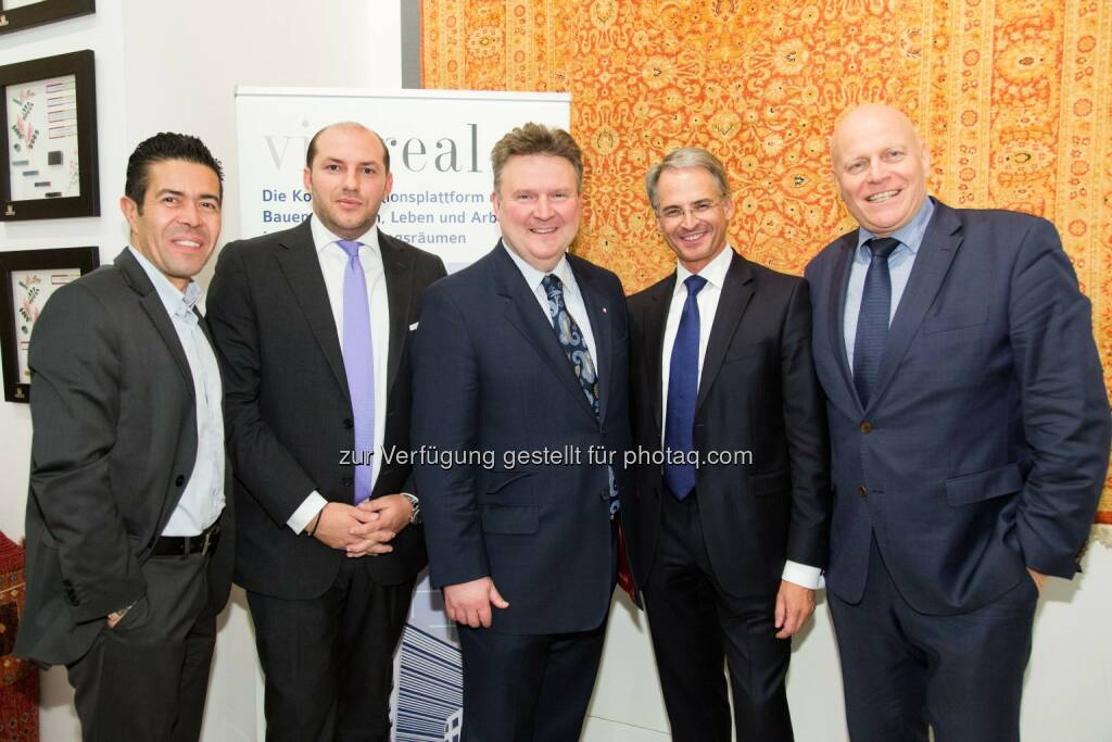 Omar Besim, Stefan Gruze, Michael Ludwig, Ludwig Steinbauer, Ralph Vallon - leisure communications: Die Wohnungsoffensive bei der vie:real (Fotograf: Arman Rastegar / Fotocredit: Vallon Relations & Coaching), © Aussender (17.11.2016)