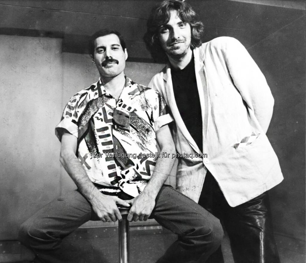 Freddie Mercury und Rudi Dolezal - ServusTV: The Show must go on! Das Queen-Special zum 25. Todestag von Freddie Mercury (Fotograf: Dolezal - Fotocredit:DoRo GmbH, © Aussender (23.11.2016)