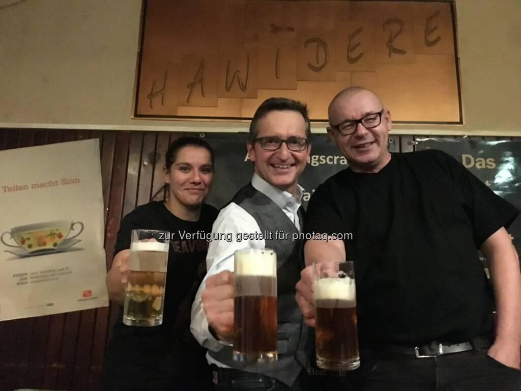 Die drei Macher des Domrep Pils - Krammer-Windisch Gastronomiebetriebsges.m.b.H.: Erfolg für Österreichs Brauer in Brüssel (Fotograf:Adalbert Windisch), © Aussendung (24.11.2016)