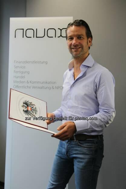 Oliver Krizek, Eigentümer und Geschäftsführer der Navax Unternehmensgruppe: Navax  Unternehmensgruppe: Navax für außergewöhnliche Leistungen um die österreichische Wirtschaft ausgezeichnet, © Aussendung (24.11.2016)