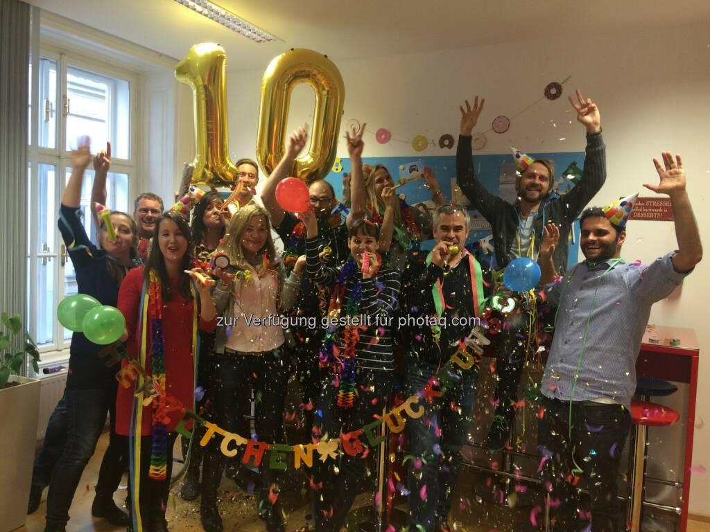 Das Team von Google Austria feiert 10 Jahre Google in Österreich: The Skills Group Kommunikationsdienstleistungen GmbH: 10 Jahre Google Austria: Highlights & Internet-Trends in Österreich, © Aussender (24.11.2016)