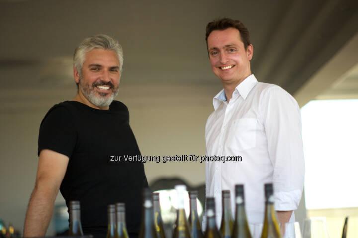 Oliver Sartena und Dietmar Pirolt: Just Taste Handelsgesellschaft m.b.H.: Ab heute 12 Uhr: Weinhandels-Start-up eröffnet ersten Pop-up-Store in Wien 7. (C) Just Taste