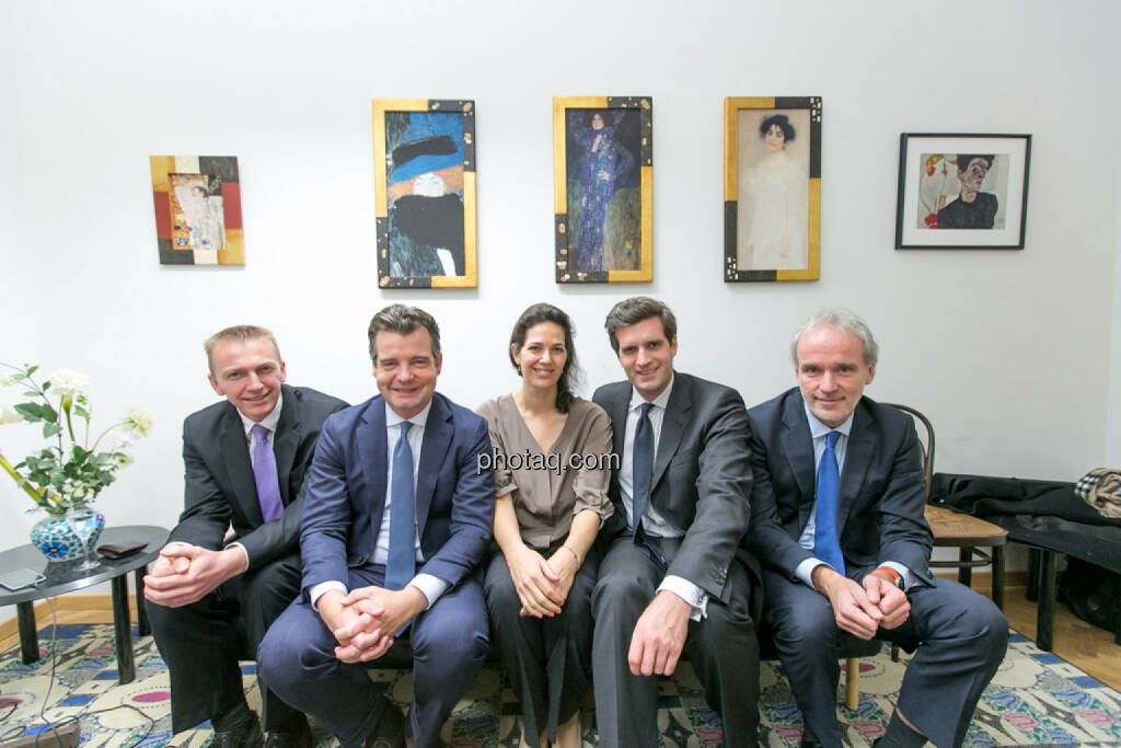Rene Hoffmann (Vonovia), Marc Tüngler (DSW), Christine Reitsamer (Baader Bank), Clemens Billek (conwert), Christian Drastil (BSN), © Martina Draper/photaq (27.11.2016)
