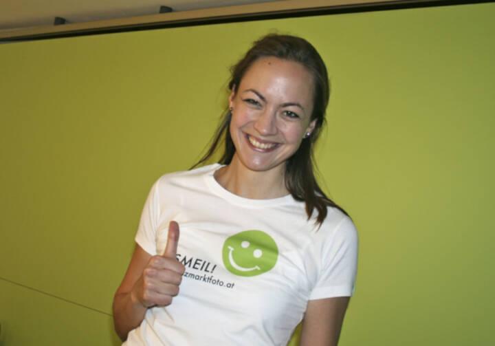 Aktienforum Smeil: Ulrike Haidenthaller aus der Serie http://finanzmarktfoto.at/page/index/444