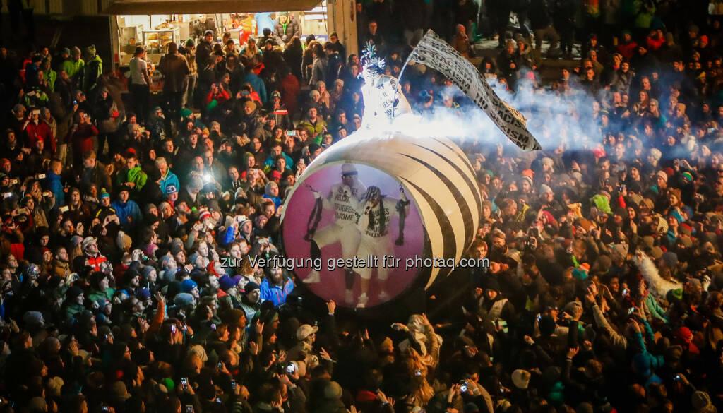 """Deichkind: Planai-Hochwurzen-Bahnen GmbH: 8.000 Gäste feierten """"Leider geil"""" in Schladming (C) Planai/Scharinger, © Aussender (04.12.2016)"""