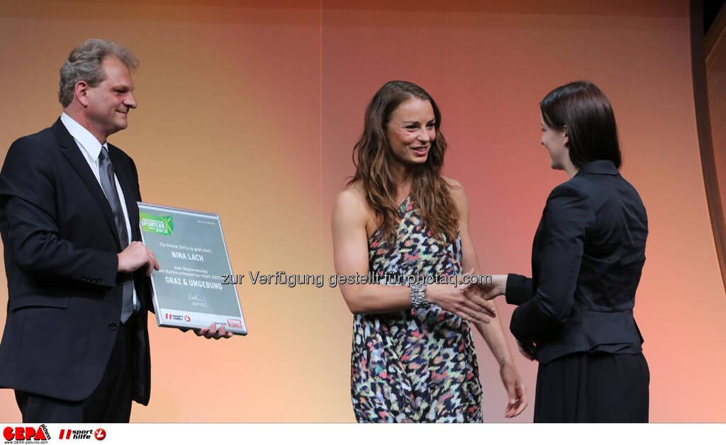 Guenther Sagmeister (Kleine Zeitung), Tina Maze (SLO) und Nina Lach (AUT), Foto: GEPA pictures/ Markus Oberlaender (08.05.2013)