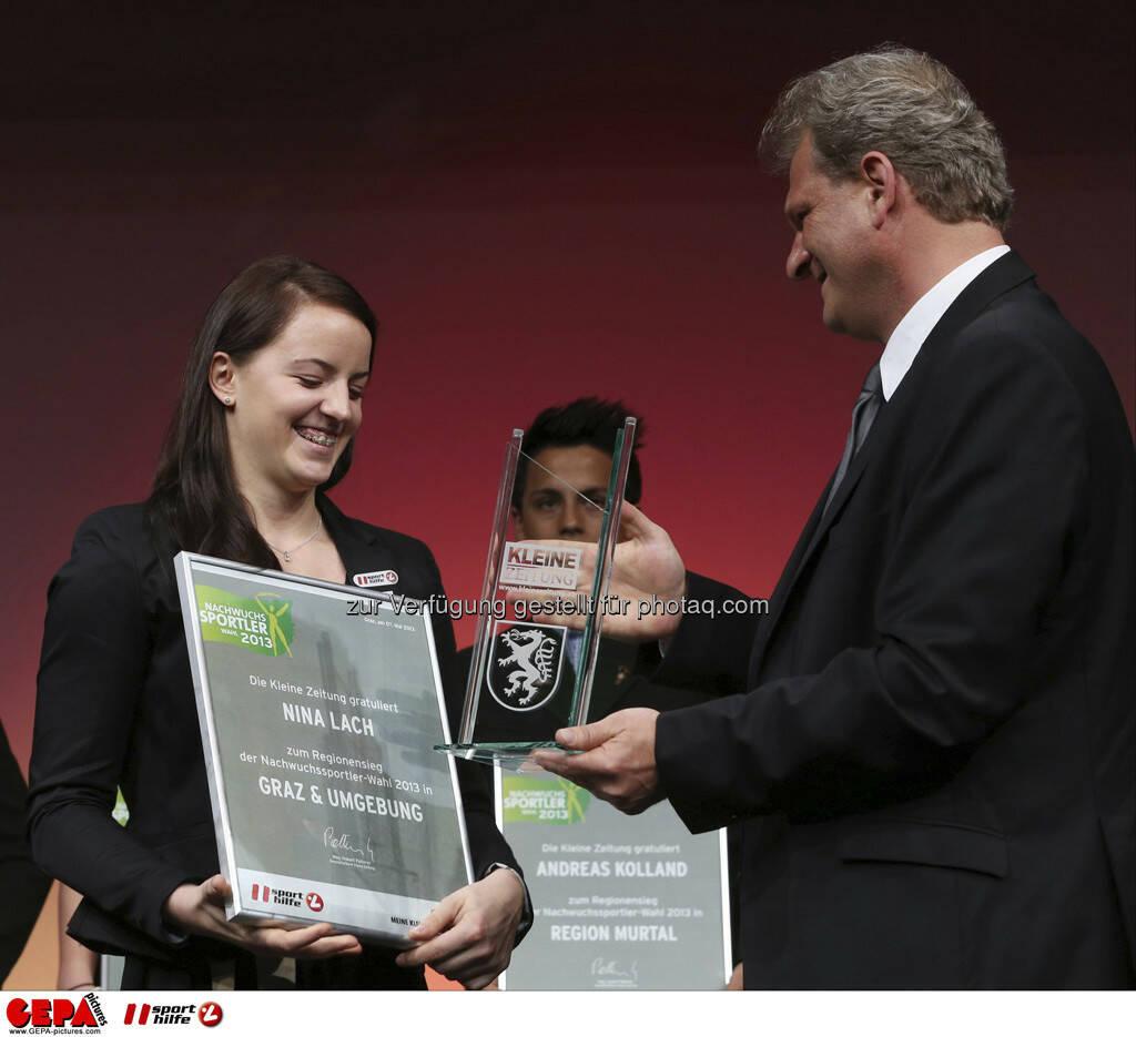Nina Lach (AUT - Beliebteste Nachwuchssportlerin des Jahres) und Guenther Sagmeister (Kleine Zeitung), Foto: GEPA pictures/ Markus Oberlaender (08.05.2013)