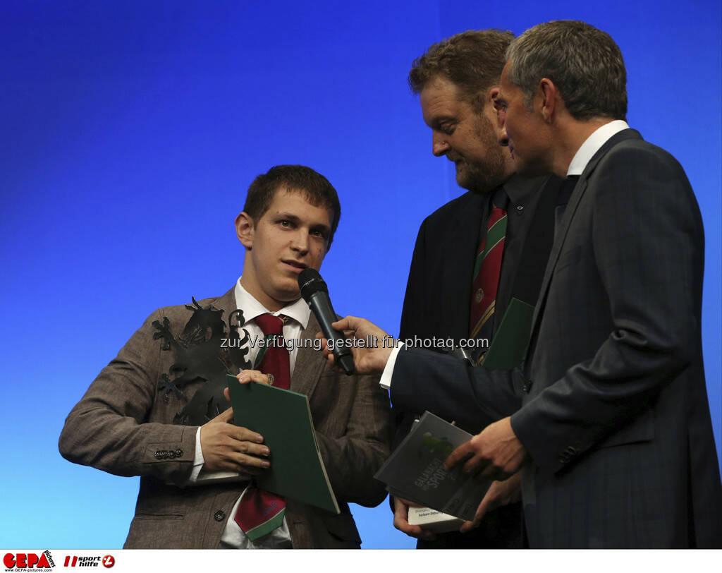 Emanuel Kern (AUT) mit Begleitung und Moderator Rainer Pariasek, Foto: GEPA pictures/ Markus Oberlaender (08.05.2013)