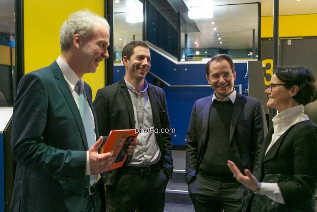 Christian Drastil (BSN), Michael Lipper (Conda), Paul Pöltner (Conda), Gerda Königstorfer (Rosenbauer), © Martina Draper/photaq (13.12.2016)