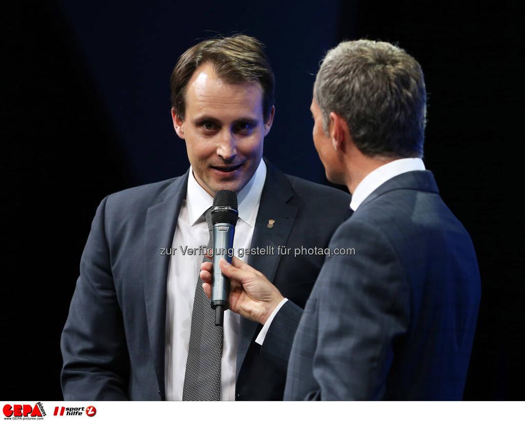 Florian Gosch (OEOC) und Moderator Rainer Pariasek, Foto: GEPA pictures/ Markus Oberlaender (08.05.2013)