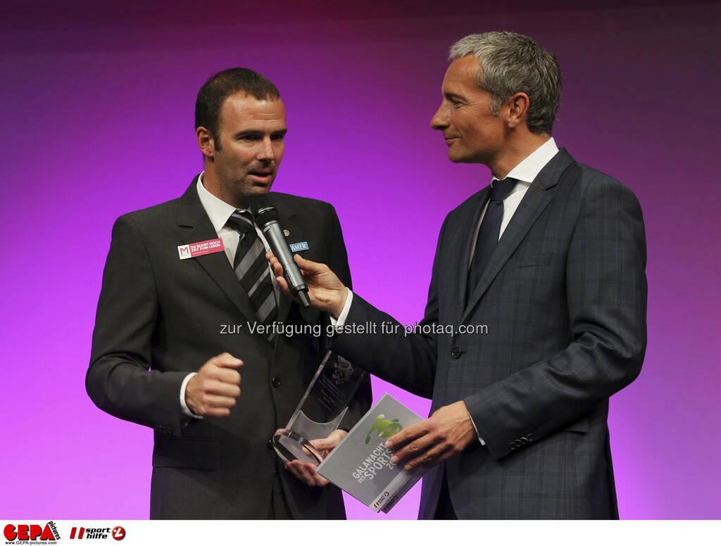 Mario Haas (SK Sturm Graz) und Moderator Rainer Pariasek, Foto: GEPA pictures/ Markus Oberlaender (08.05.2013)