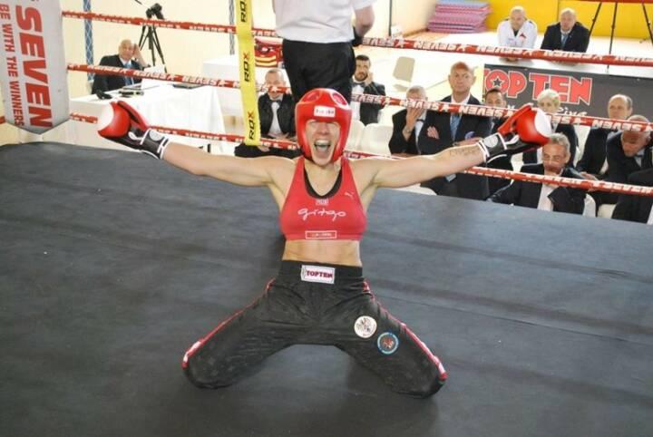 Nicole Trimmel Nominierung: Mein Sportschnappschuss 2016 - Europameisterin im Vollkontakt Kickboxen,-) - Voten und/oder auch sich selbst nominieren unter http://www.facebook.com/groups/Sportsblogged