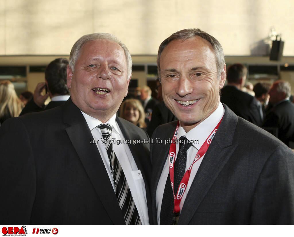 Ehrenpraesident Hans Fedl (SK Sturm Graz) und Geschaeftsfuehrer Anton Schutti (Sporthilfe), Foto: GEPA pictures/ Markus Oberlaender (08.05.2013)