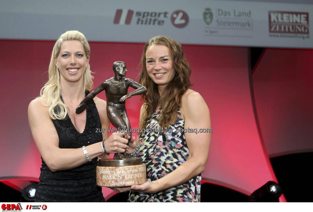 Marion Kreiner (AUT) und Tina Maze (SLO), Foto: GEPA pictures/ Markus Oberlaender (08.05.2013)