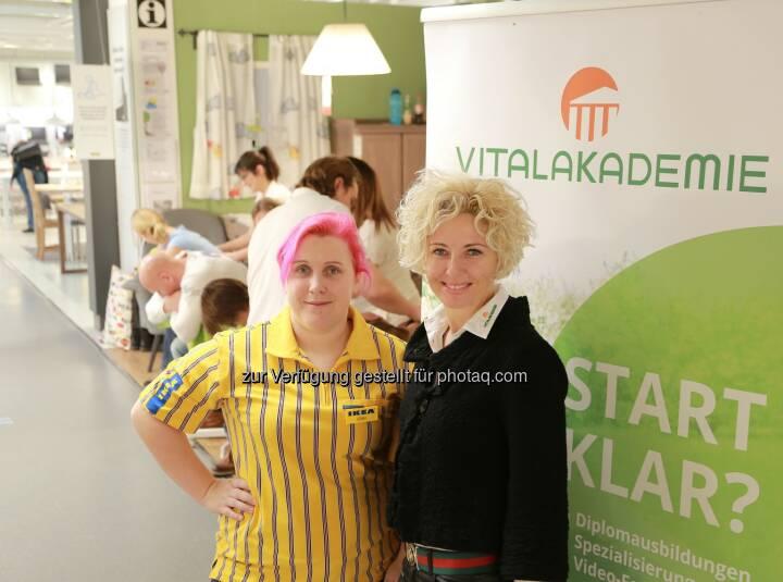 Sonja Kainberger, Christine Cizek - Vitalakademie: Vitalakademie zu Gast bei IKEA: Kochen & Massage für IKEA Kunden (Fotocredit: Vitalakademie)