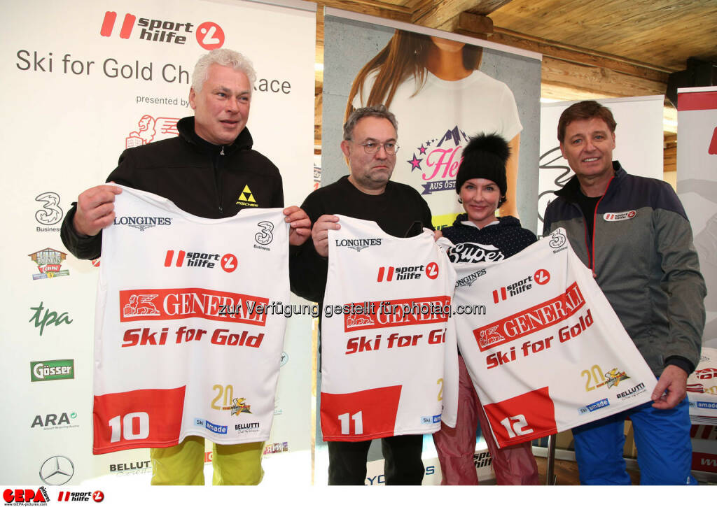 Ski for Gold Charity Race. Image shows Toni Polster, Vera Russwurm, Marisa Burger and managing director Harald Bauer (Sporthilfe). Photo: GEPA pictures/ Harald Steiner (26.01.2017)