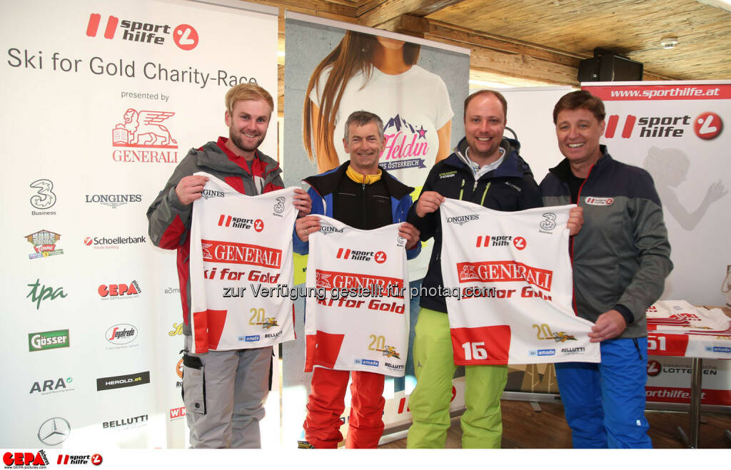Ski for Gold Charity Race. Image shows Philipp Walcher, Gottlieb Stocker, Mathias Schattleitner and managing director Harald Bauer (Sporthilfe). Photo: GEPA pictures/ Harald Steiner (26.01.2017)