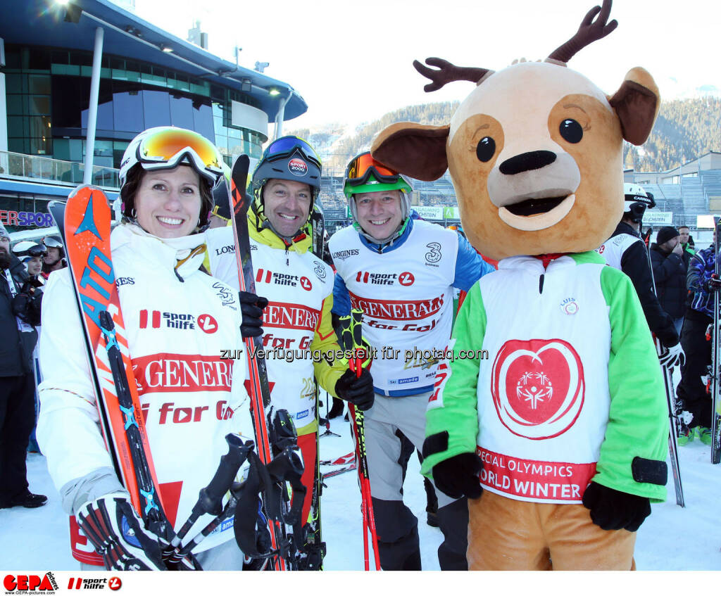 Ski for Gold Charity Race. Image shows Brigitte Kliment-Obermoser, Hans Knauss, Alex Kristan and mascot Luis. Keywords: Special Olympics World Winter Games, SOWWG Austria 2017 preview. Photo: GEPA pictures/ Harald Steiner (26.01.2017)