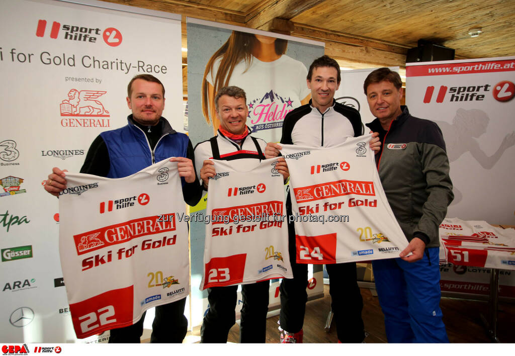 Ski for Gold Charity Race. Image shows Herwig Langganger, Christian Reslhuber, Christoph Stadler and managing director Harald Bauer (Sporthilfe). Photo: GEPA pictures/ Daniel Goetzhaber (26.01.2017)