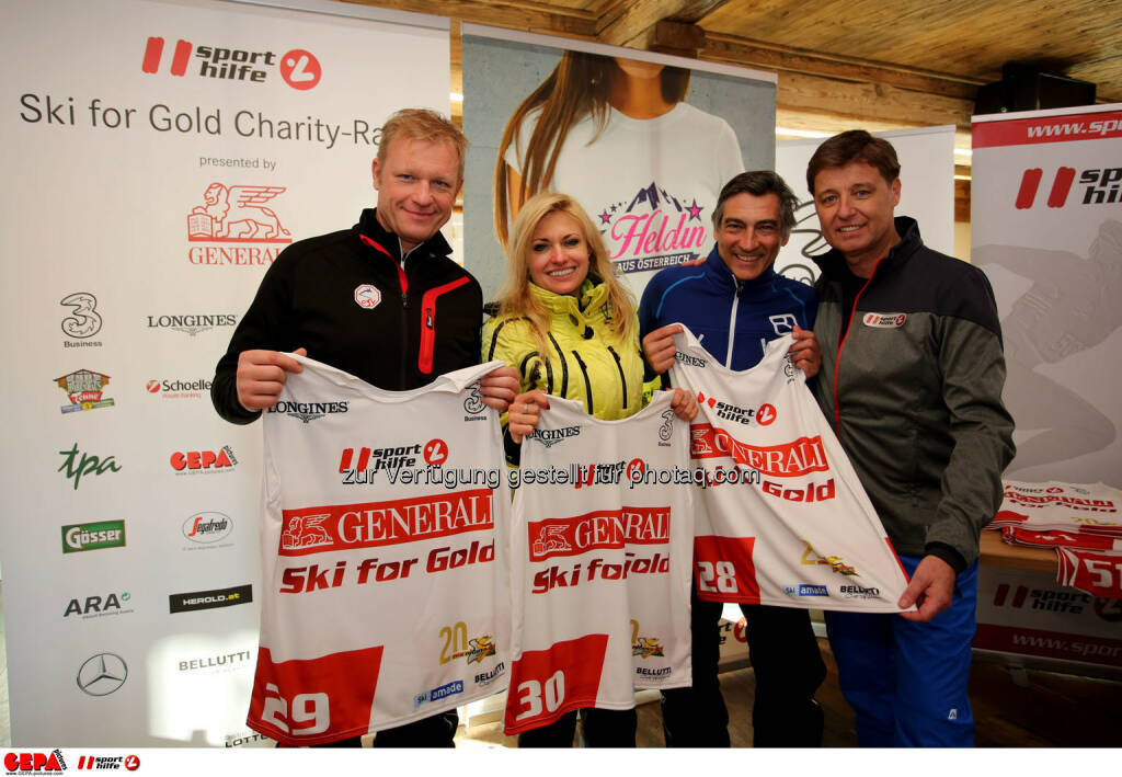 Ski for Gold Charity Race. Image shows Joseph Miedl, Aleksandra Izdebska, Christian Kohl and managing director Harald Bauer (Sporthilfe). Photo: GEPA pictures/ Daniel Goetzhaber (26.01.2017)