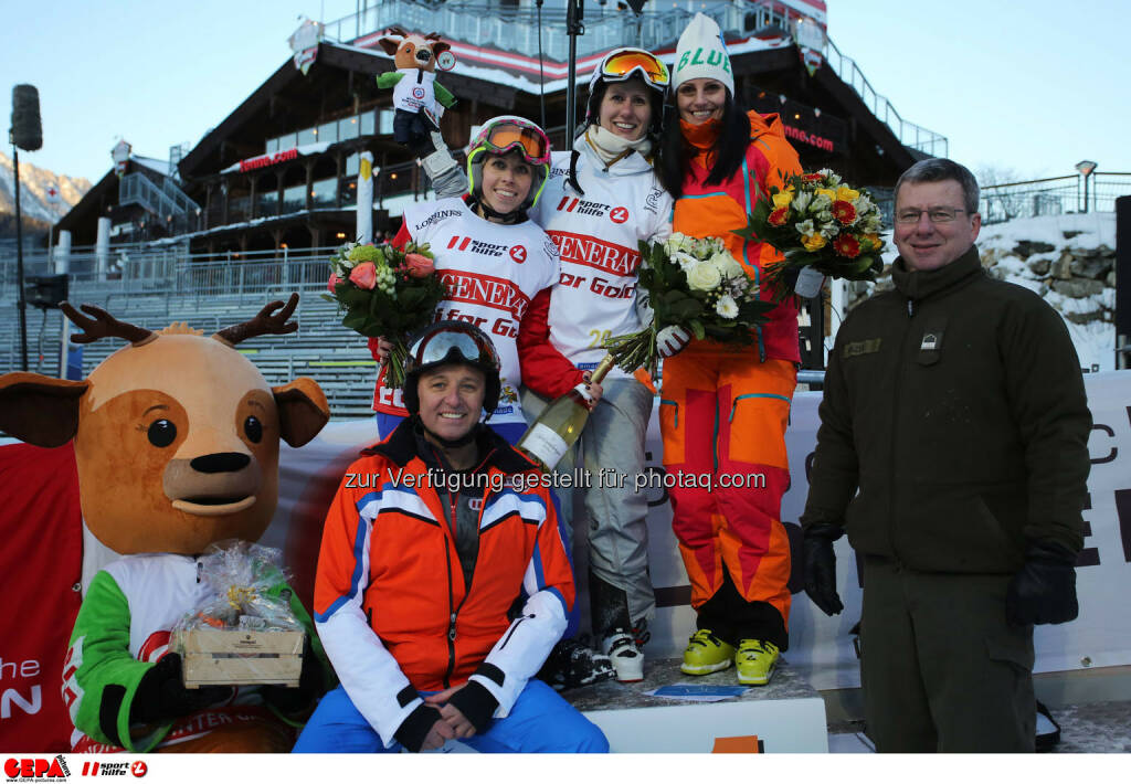 Ski for Gold Charity Race. Image shows maskot Luis, managing director Harald Bauer (Sporthilfe), Ricarda Huber, Brigitte Kliment-Obermoser and Daniela Schuster. Keywords: Special Olympics World Winter Games, SOWWG Austria 2017 preview. Photo: GEPA pictures/ Daniel Goetzhaber (26.01.2017)