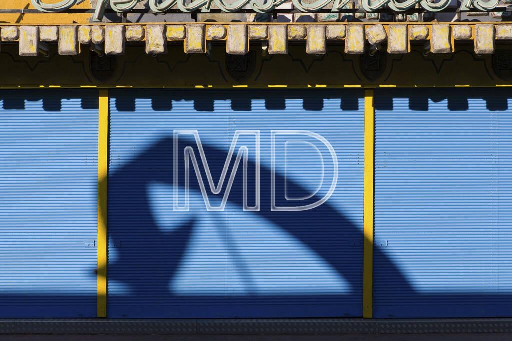 Prater Wien, Schatten, abwärts, © Martina Draper (15.12.2012)