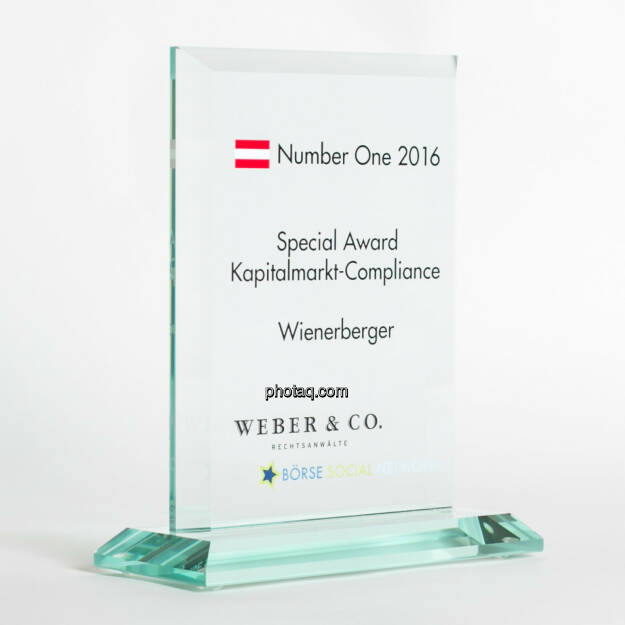 Number One Awards 2016 - Special Award Kapitalmarkt-Compliance Wienerberger, © photaq/Martina Draper (13.02.2017)