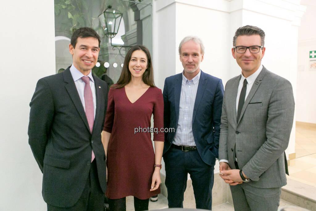 4x-Ex-Erste Group: Michael Oplustil (Uniqa), Linda Michalech (Sberbank), Christian Drastil (BSN), Bosko Skoko, © Martina Draper/photaq (16.02.2017)