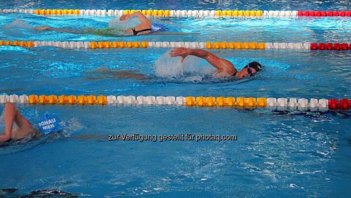 Tanja Stroschneider, schwimmen, kraulen, Schwimmbad