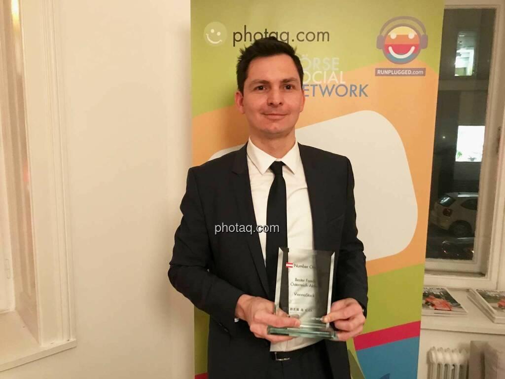 ChristianBurger, Sparkasse Oberösterreich Kapitalanlagegesellschaft - Number One Awards 2016 - Bester Fonds Österreich-Aktien ViennaStock, © photaq/Martina Draper (01.03.2017)