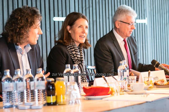 Martin Falk (WIFO), Henrietta Egerth (FFG), Klaus Pseiner (FFG) - FFG - Österreichische Forschungsförderungsgesellschaft: FFG: Forschungsinvestitionen treiben Wirtschaftswachstum an (Fotocredit: FFG)