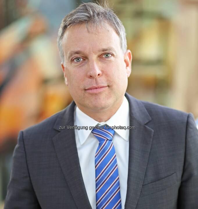 Michael Preissl, Managing Director Accenture Österreich - Accenture GmbH: Robotics zieht ins Bankbusiness ein (Fotocredit: Accenture)
