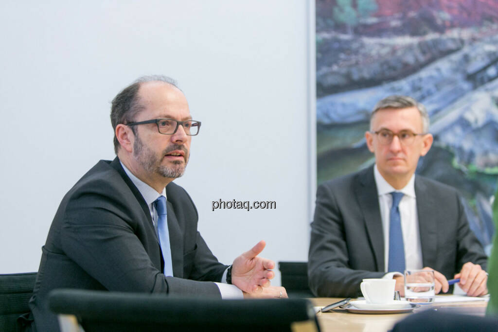 Paul Severin (Erste Asset Management, ÖVFA), Robert Ottel (voestalpine, Aktienforum), © Martina Draper/photaq (03.03.2017)