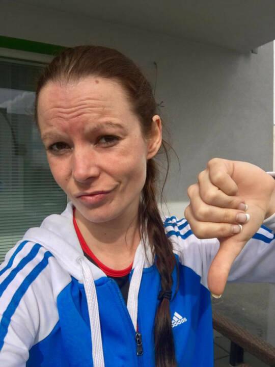 Tanja Bauer, Daumen runter, no