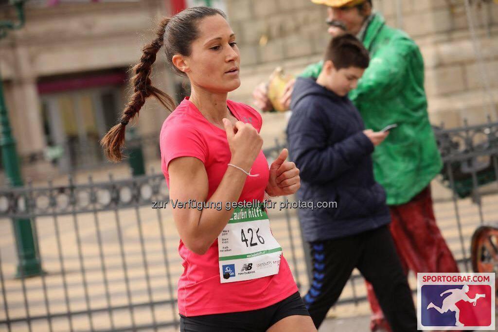 Monika Kalbacher bei Laufen Hilft (C) Sportograf (07.03.2017)