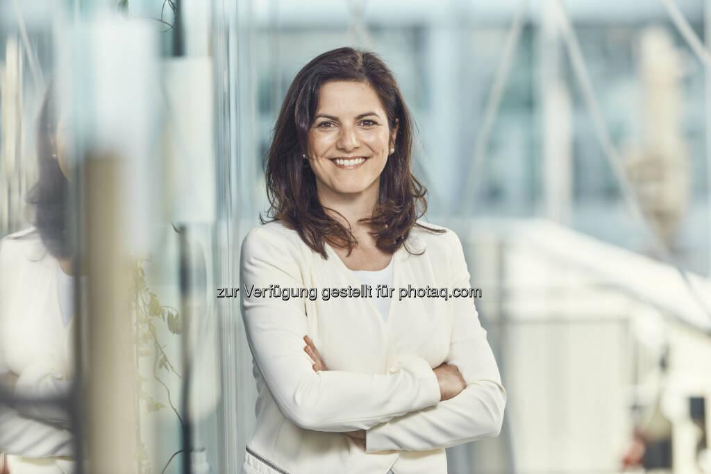 Direktorin Dr. Susanne Baumann-Söllner  - Austria Center Vienna: Umbau Saal N abgeschlossen: Austria Center Vienna setzt nächsten Schritt der umfassenden Erneuerung (Fotocredit: IAKW-AG, Andreas Hofer), © Aussender (13.03.2017)