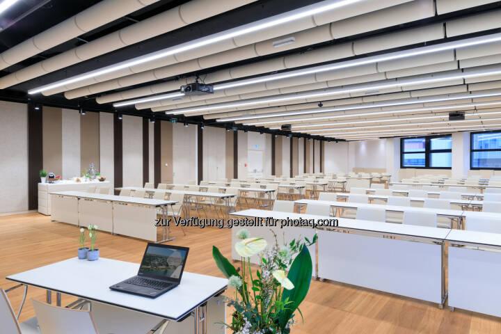 Austria Center Vienna: Umbau Saal N abgeschlossen: Austria Center Vienna setzt nächsten Schritt der umfassenden Erneuerung (Fotocredit: IAKW-AG. Ludwig Schedl)