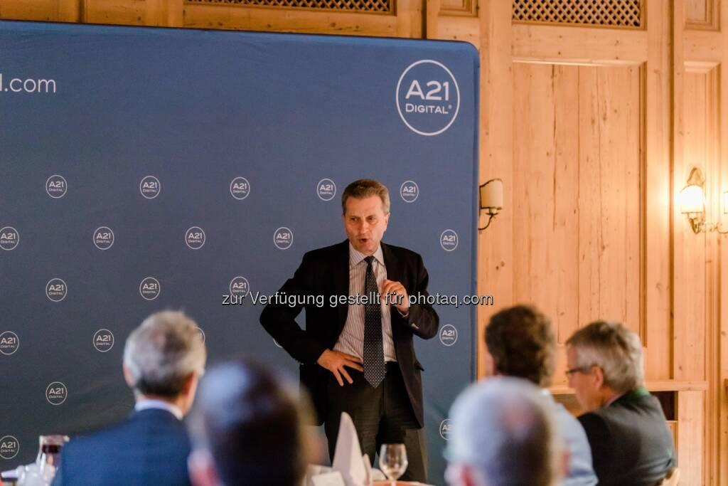 EU-Kommissar Günther H. Oettinger beim A21DIGITAL LECH SUMMIT - A21DIGITAL: EU-Kommissar Günther H. Oettinger beim A21DIGITAL LECH SUMMIT (Fotocredit: A21DIGITAL - Fotograf Pascal Hefti), © Aussender (17.03.2017)