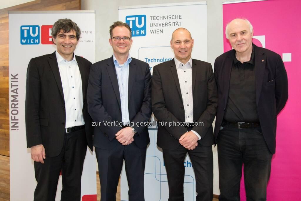 """Michal Dunaj (EU Labs Programe Director, T-Labs), Björn Hohmann (Leiter Govern. & Funding, T-Labs), Rüdiger Köster (CTO T-Mobile), Hannes Werthner (Dekan der Fakultät für Informatik, TU Wien) - T-Mobile: Neue Stiftungsprofessur """"Data Intelligence"""" an der TU Wien (Fotocredit: TU Wien und T-Mobile/APA-Fotoservice/Rastegar), © Aussender (23.03.2017)"""
